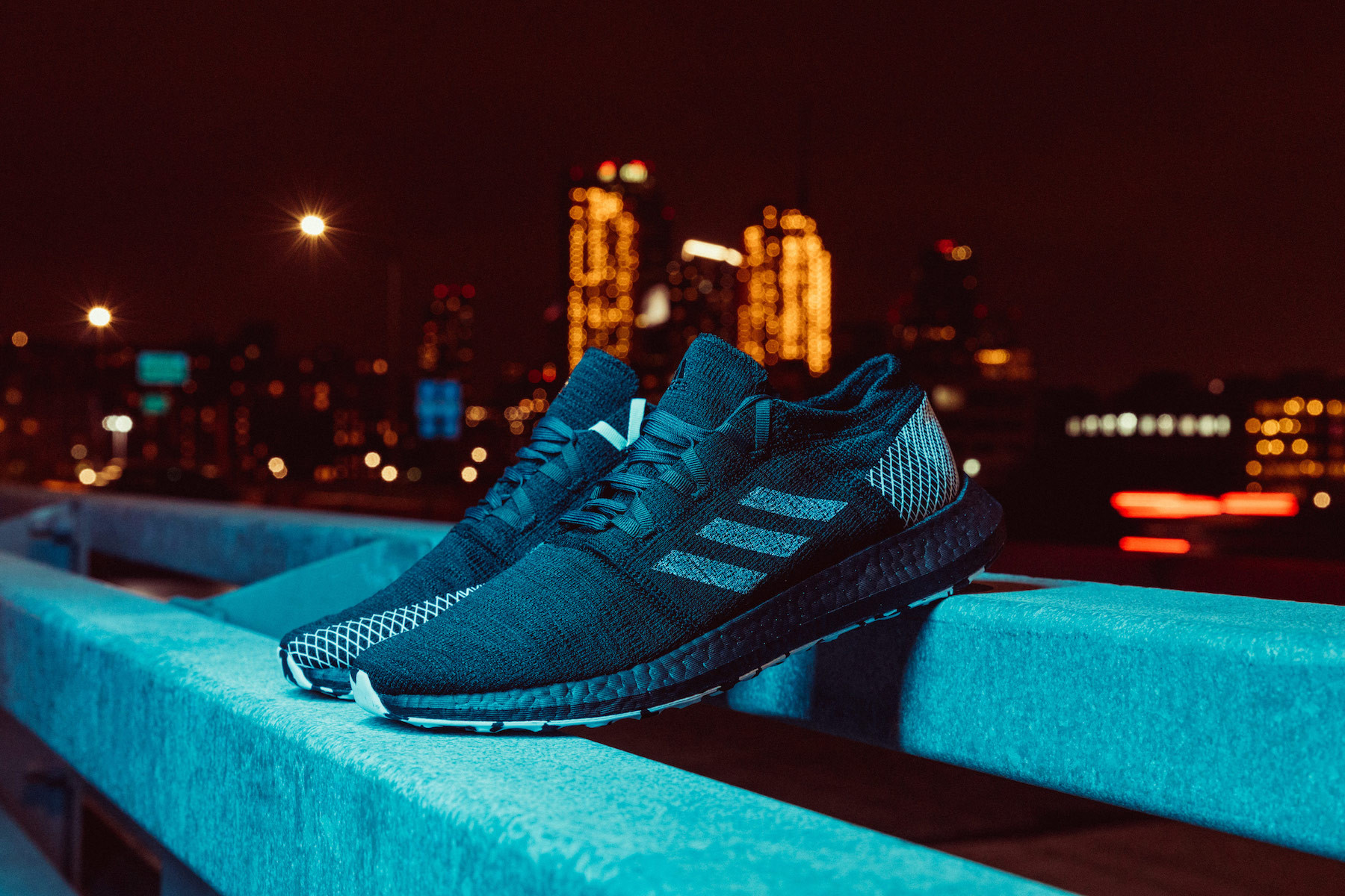 adidas 全新PureBOOST GO LTD 鞋款上架