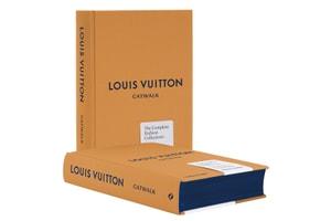 集 20 年之精華 - Louis Vuitton 推出《Louis Vuitton Catwalk》時裝秀圖鑑