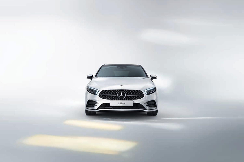 首部配備智能 MBUX 系統-Mercedes-Benz 推出充滿未來概念的全新 A-Class