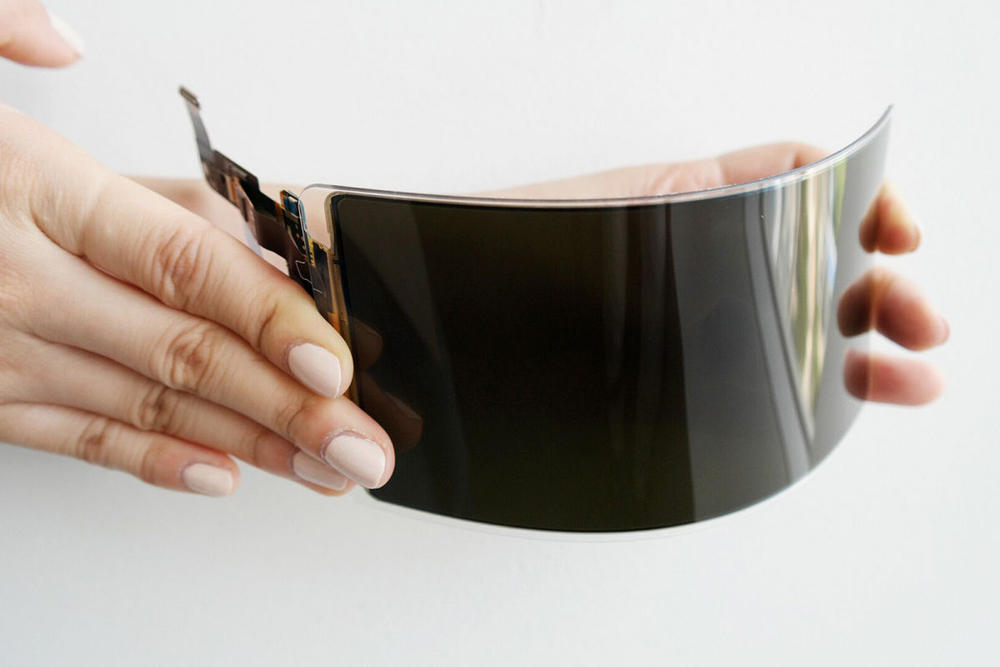 告別碎屏?Samsung 推出更具防摔性的全新 OLED 顯示面板