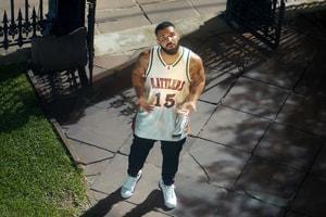 全民洗腦 − Drake 正式發佈人氣歌曲《In My Feelings》音樂 MV