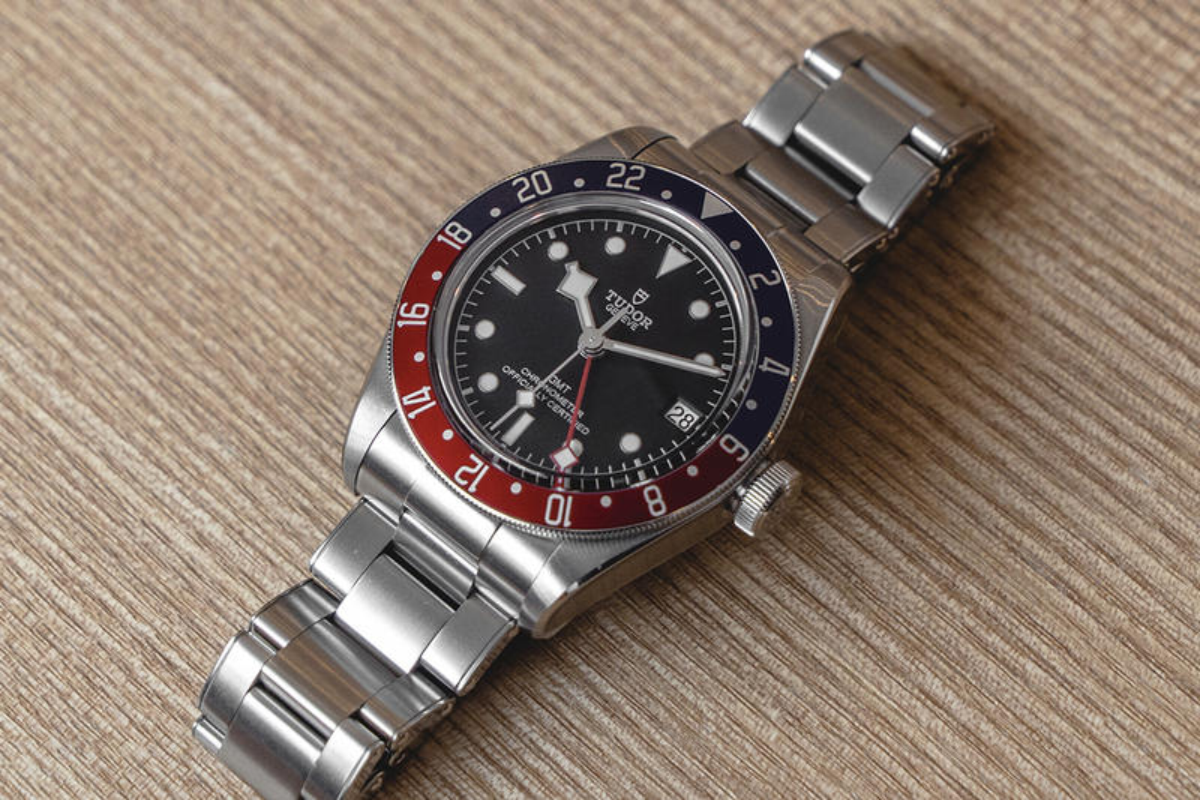 近賞 TUDOR 年度最矚目「百事圈」Black Bay GMT 錶款