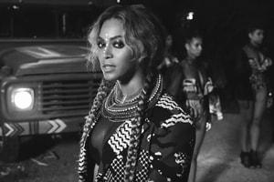 微妙暗示?Beyoncé 公開著用 Yeezy 鞋歀
