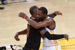 消息指 Kevin Durant 慎重考慮明年轉投 Los Angeles Lakers?!