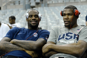NBA 新說唱!LeBron James 與 Kevin Durant 合唱歌曲《It Ain't Easy》公開