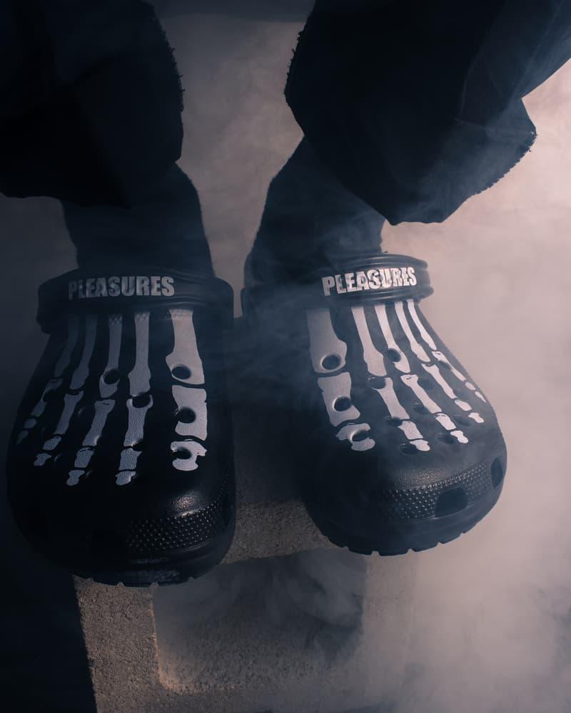 PLEASURES x Crocs 聯乘「洞洞鞋」曝光