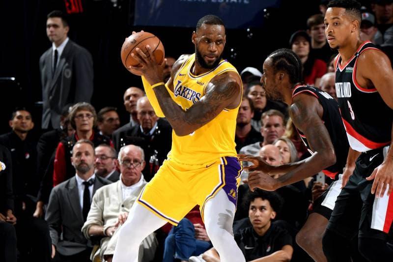 終結 16 連敗-LeBron James 領 Lakers 擊敗 Portland Trail Blazers