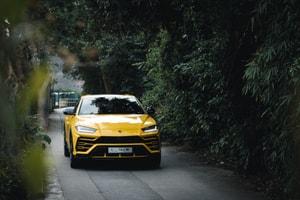地上最強 SUV 著陸!HYPEBEAST 實測 Lamborghini 首部「野牛級」SUV Urus