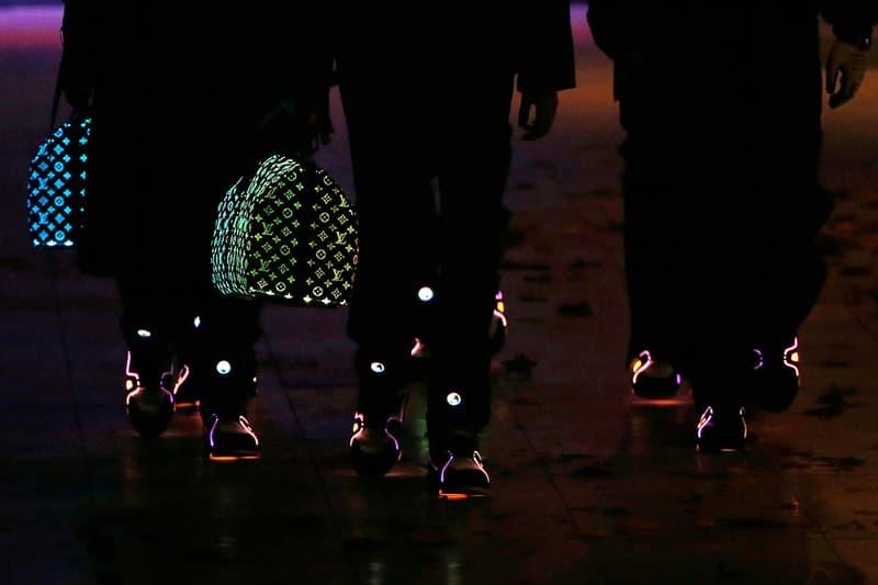 Louis Vuitton 夜光包袋與球鞋閃耀秀場