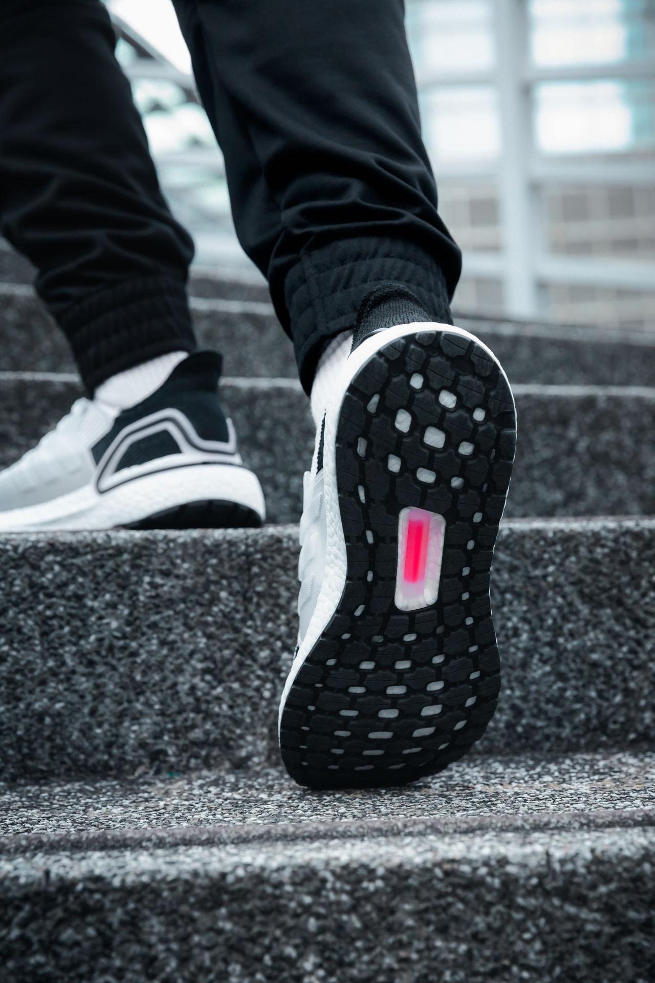 adidas 帶來 UltraBOOST 19 系列新作