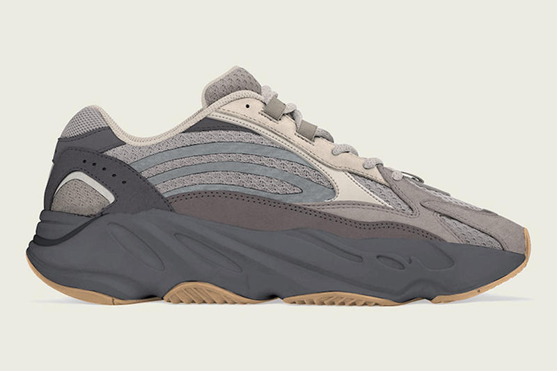 YEEZY BOOST 700 V2 全新「Cement」配色登場