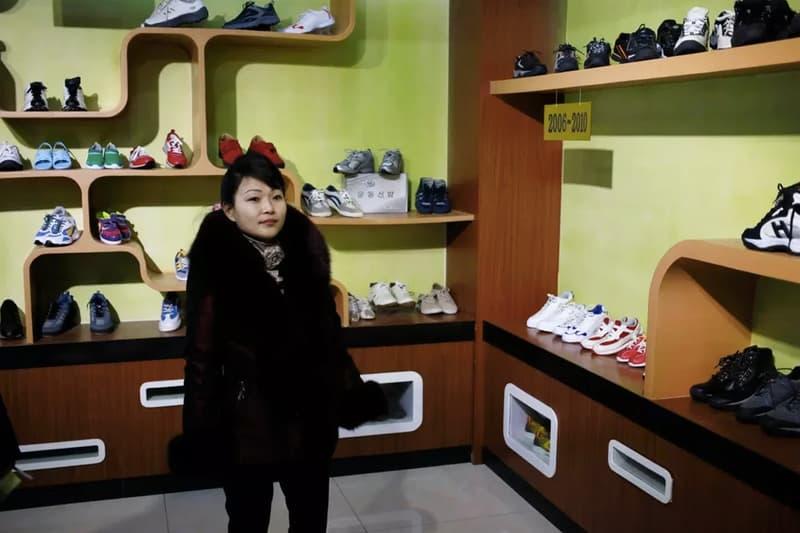 率先直擊北韓山寨球鞋生產工廠