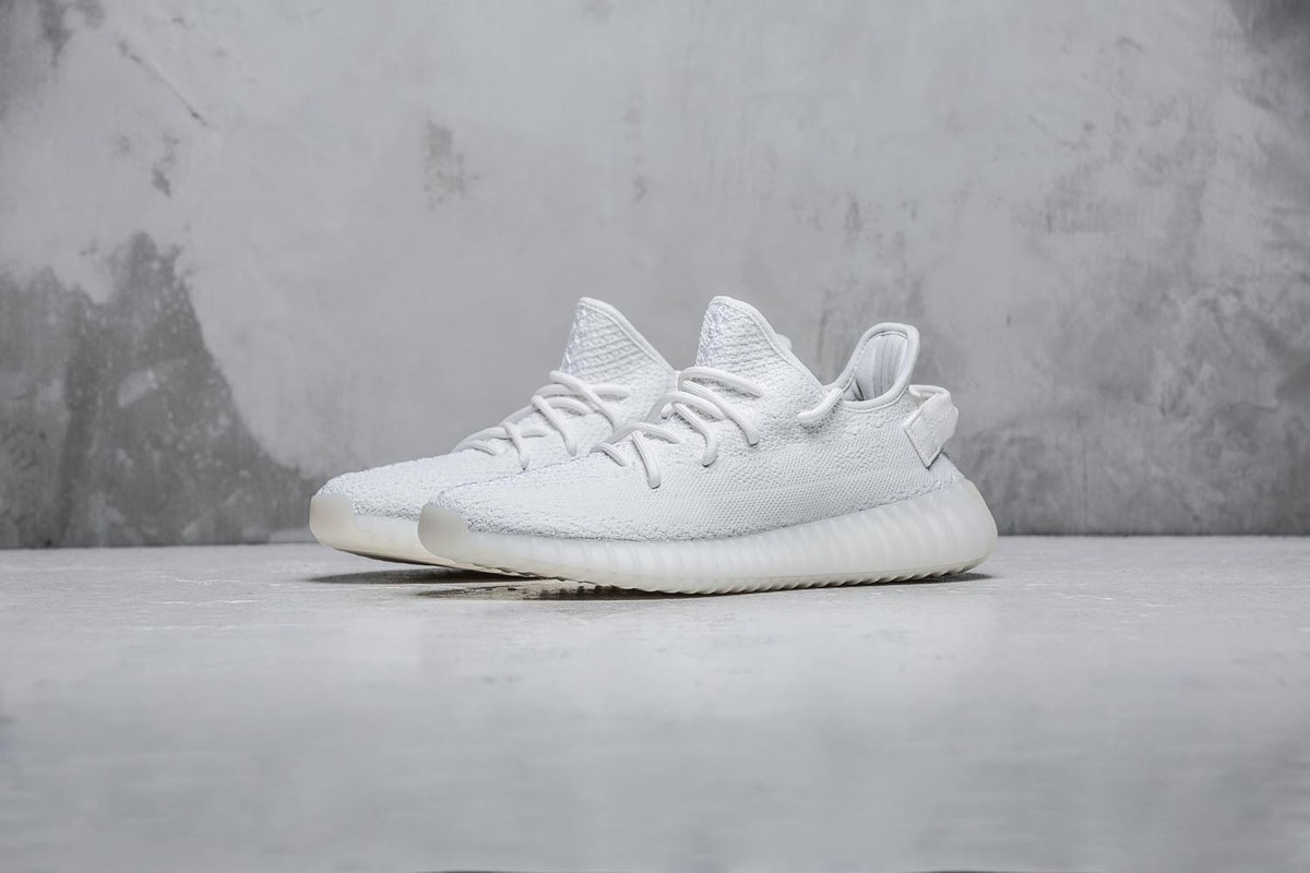 農曆新年特備!HYPEBEAST 送出 YEEZY BOOST 350 V2「Triple White」
