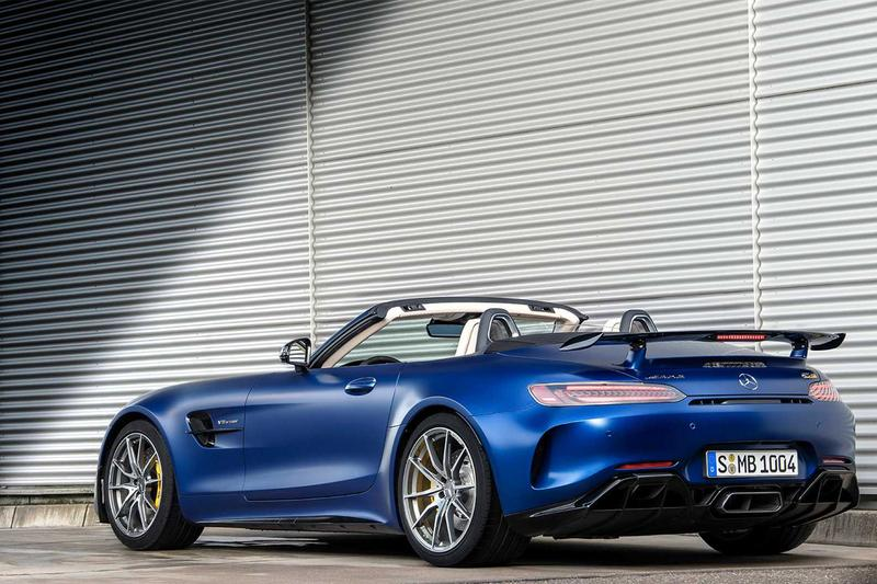 Mercedes-AMG 發佈全新軟頂開篷車 AMG GT R Roadster