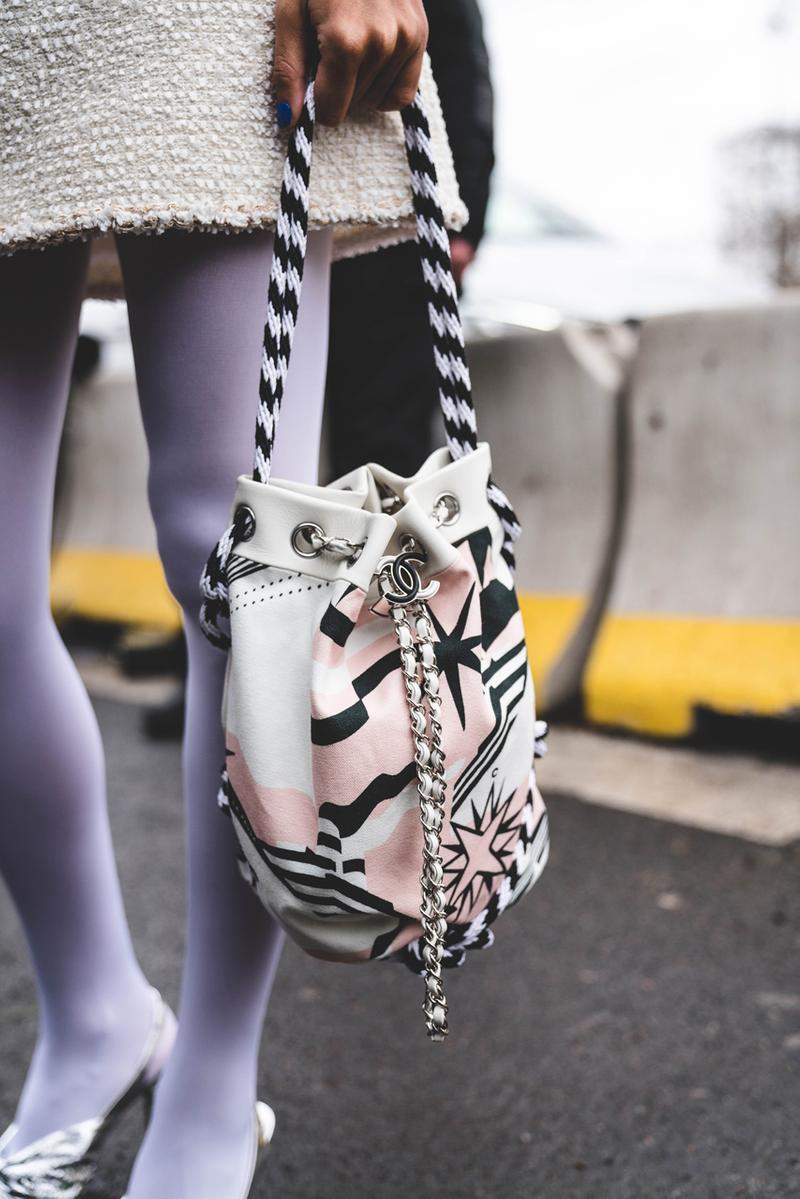 Street Style: CHANEL 2019 秋冬系列發佈會街拍特輯