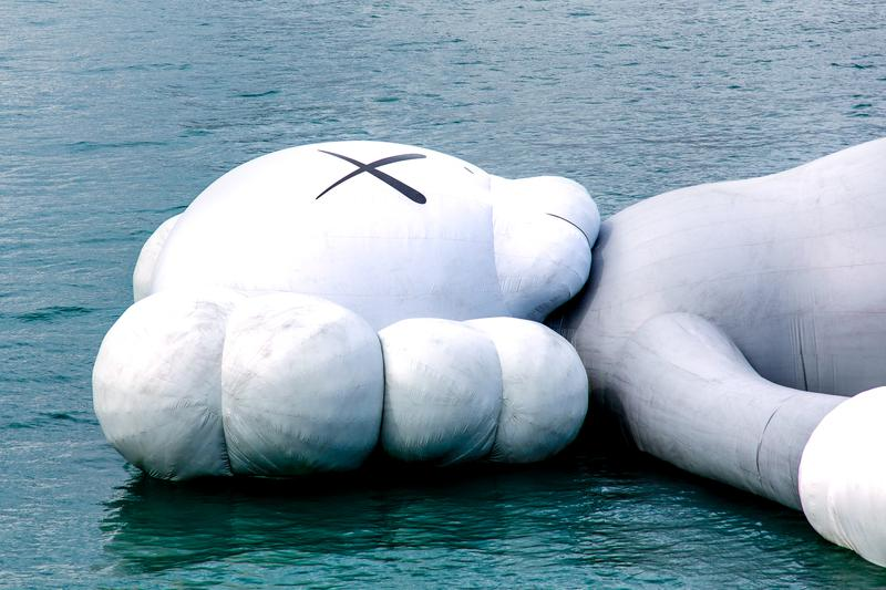 近賞「KAWS:HOLIDAY」香港站 Companion 入港進程