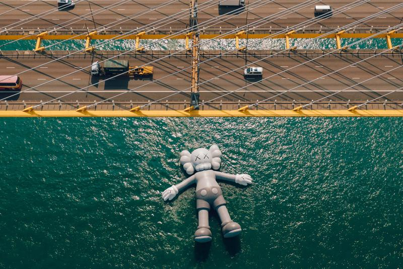 COMPANION 游向維港-「KAWS:HOLIDAY」香港站幕後圖片釋出