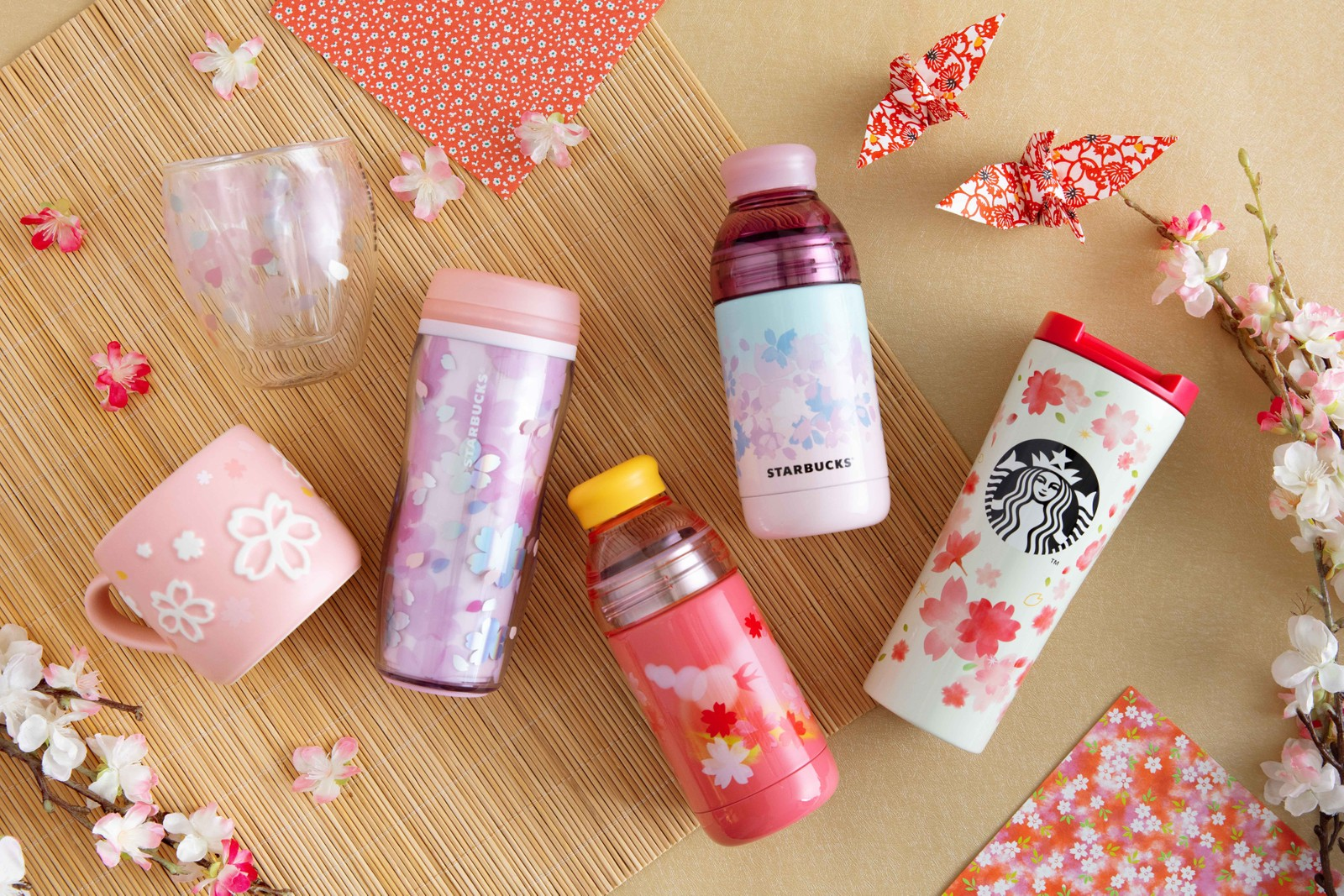 香港 Starbucks 推出全新迷你星巴克分店模型