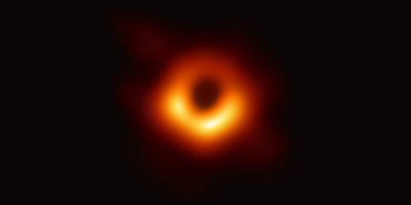 人類曆史上首張「黑洞」照片正式面世
