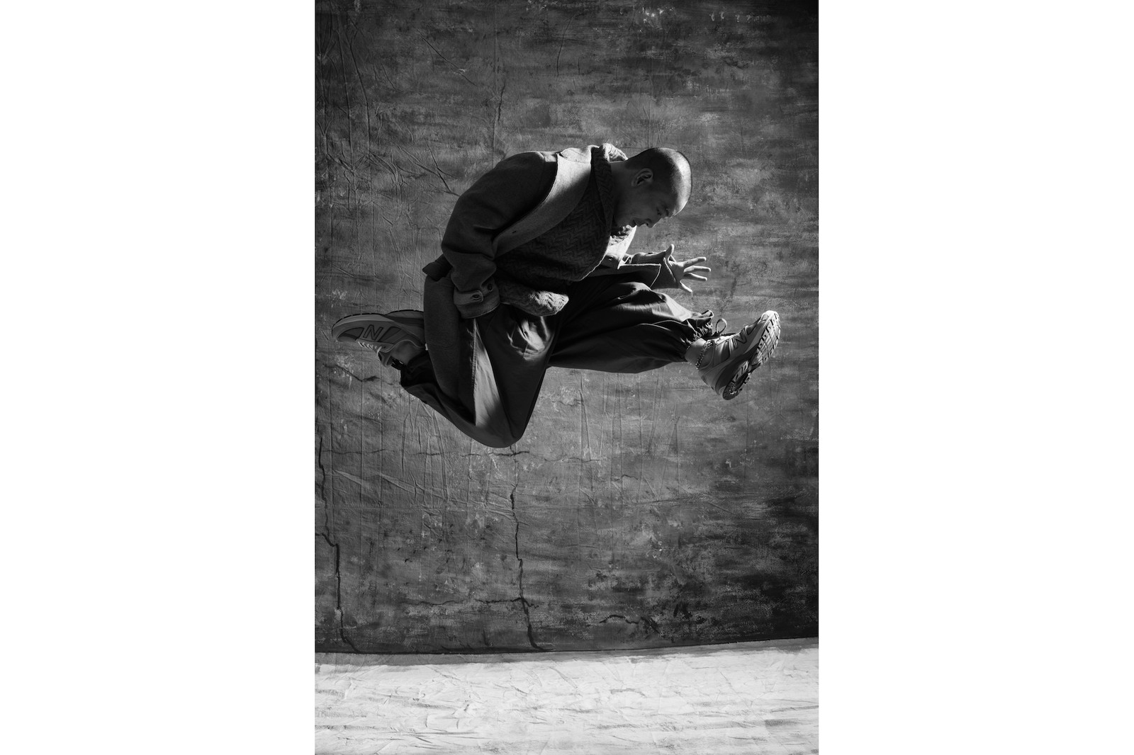 Juno 麥浚龍親身演繹 New Balance 990v5