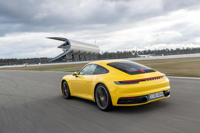 經典跑車新進化-Porsche 第八代 911 正式亮相香港!
