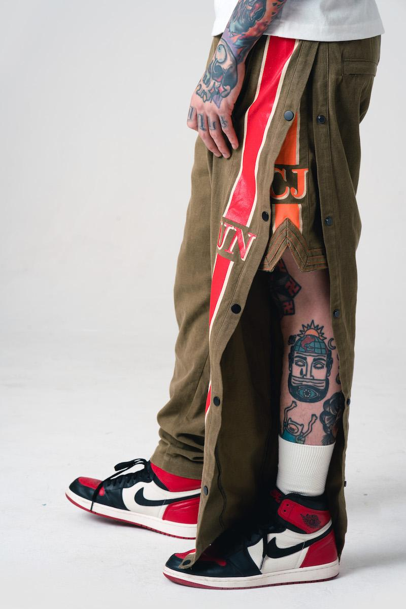 Conjure 聯乘鞋店 Urban Necessities 攜手推出 Sneaker Con 別注