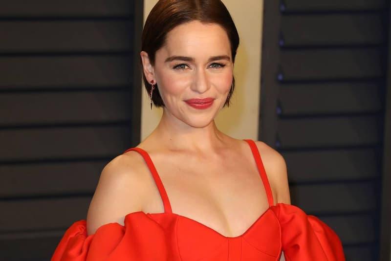 Emilia Clarke 親自解釋《Game of Thrones》Starbucks 穿幫鏡頭如何發生