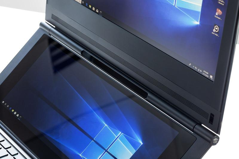 Intel 展示雙屏「Honeycomb Glacier」概念遊戲筆記本電腦