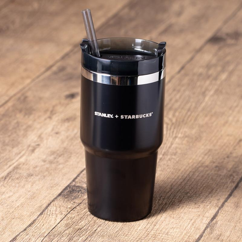 香港 Starbucks 推出全新經典酷黑系列隨行杯