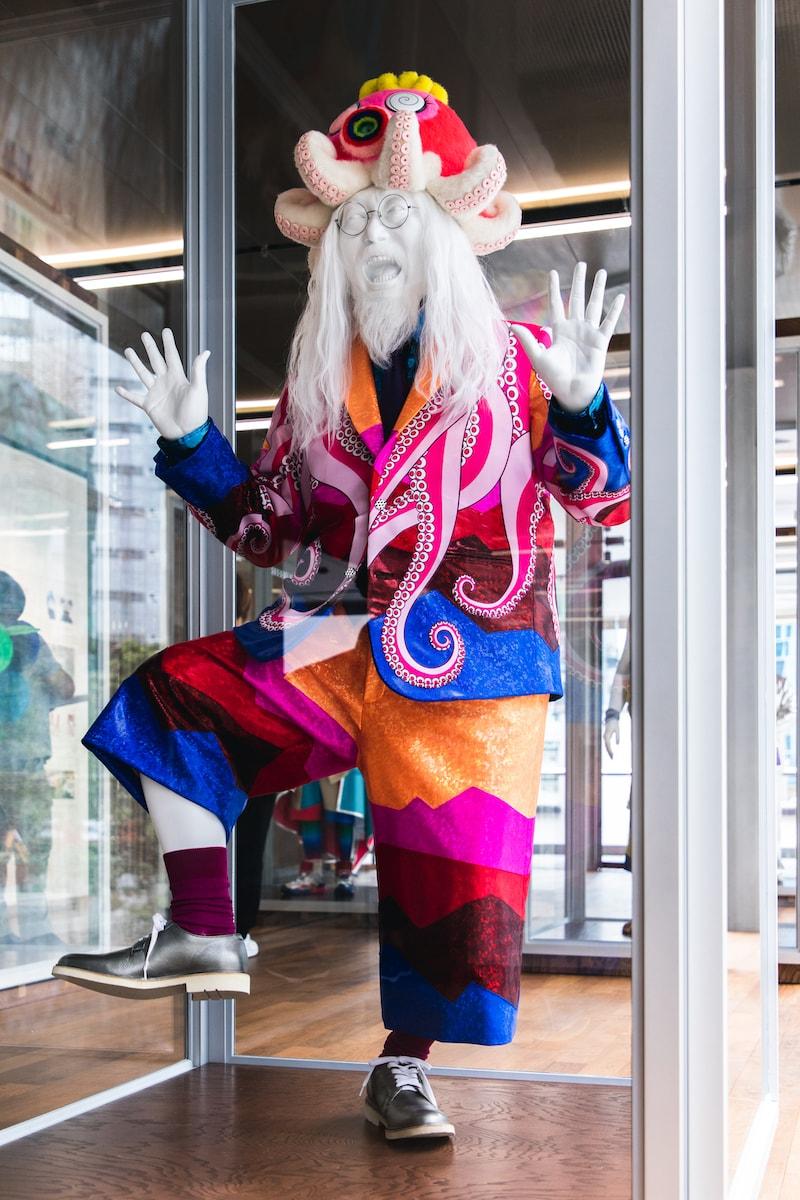 走進香港大館當代美術館展覽「村上隆 對戰 村上隆」