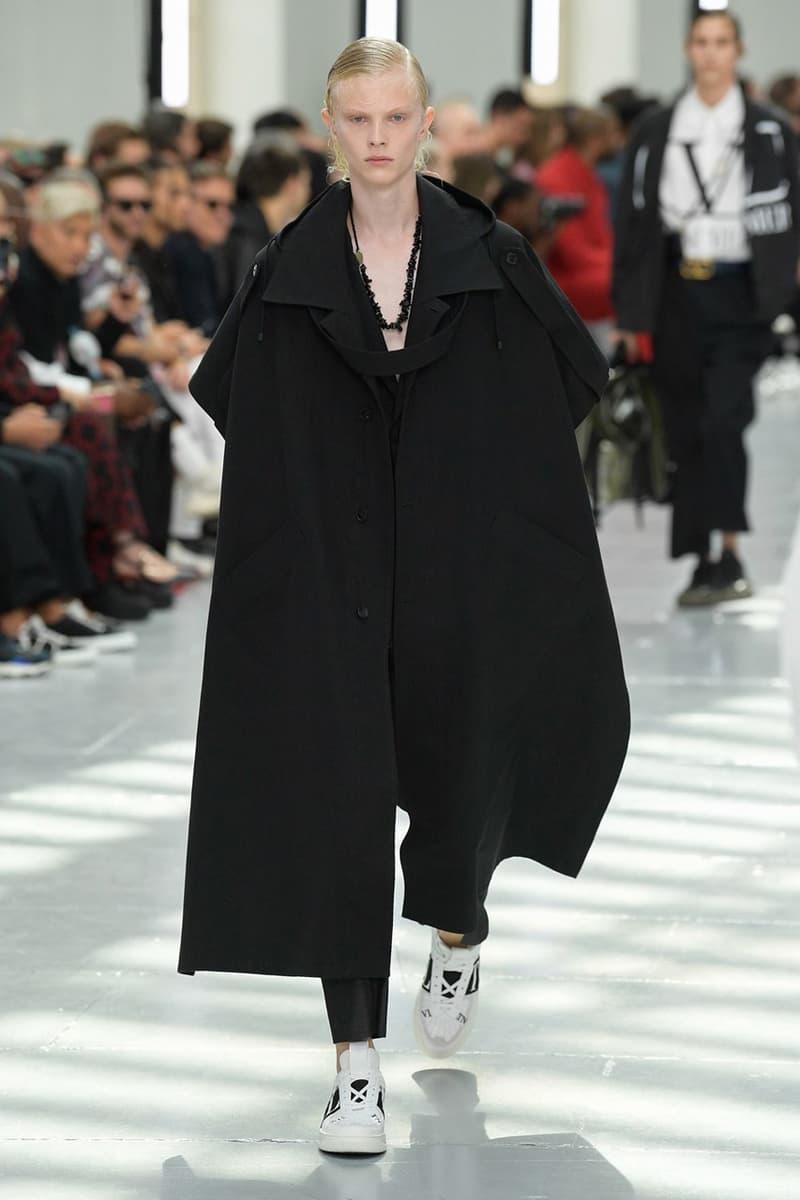 巴黎時裝周 − Valentino 2020 春夏男裝系列