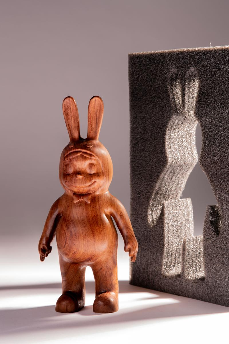 藝術家張權打造全新「Karoro」限定木製雕塑