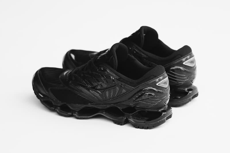 Mizuno 未來感跑鞋 Wave Prophecy 8 全新配色正式發佈