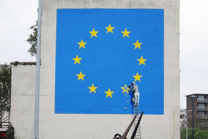Banksy 對《Brexit Mural》「英國脫歐」壁畫遭到不名人士移除發表聲明