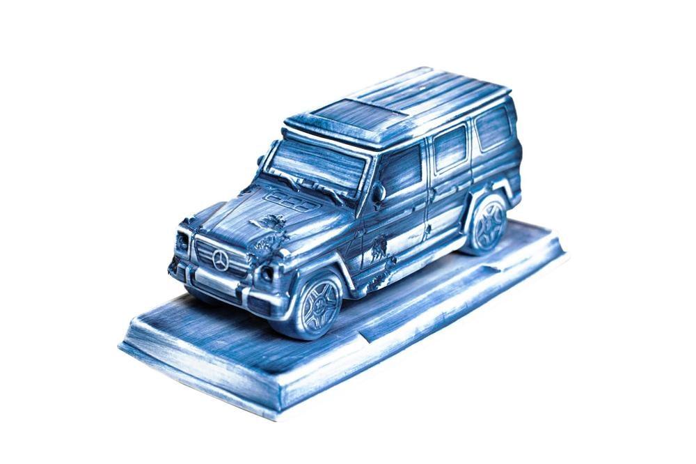 Best Art Drops: Mercedes-Benz G-Class 薰香台座、Vincent van Gogh 太陽花實體化擺飾