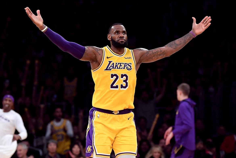 職業賽重啟露曙光 詹姆斯盼NBA盡快復賽   - GamblePlus