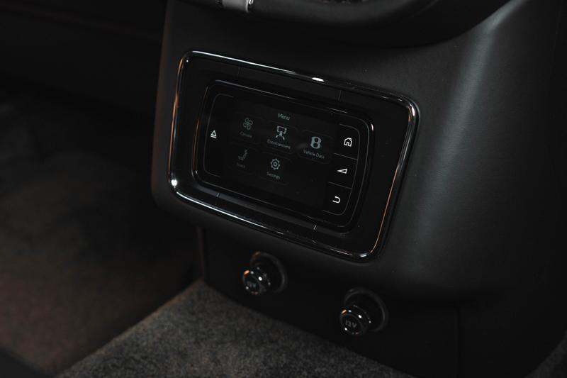 世上最快 SUV-近賞 Bentley 全新 Bentayga Speed 極速休旅
