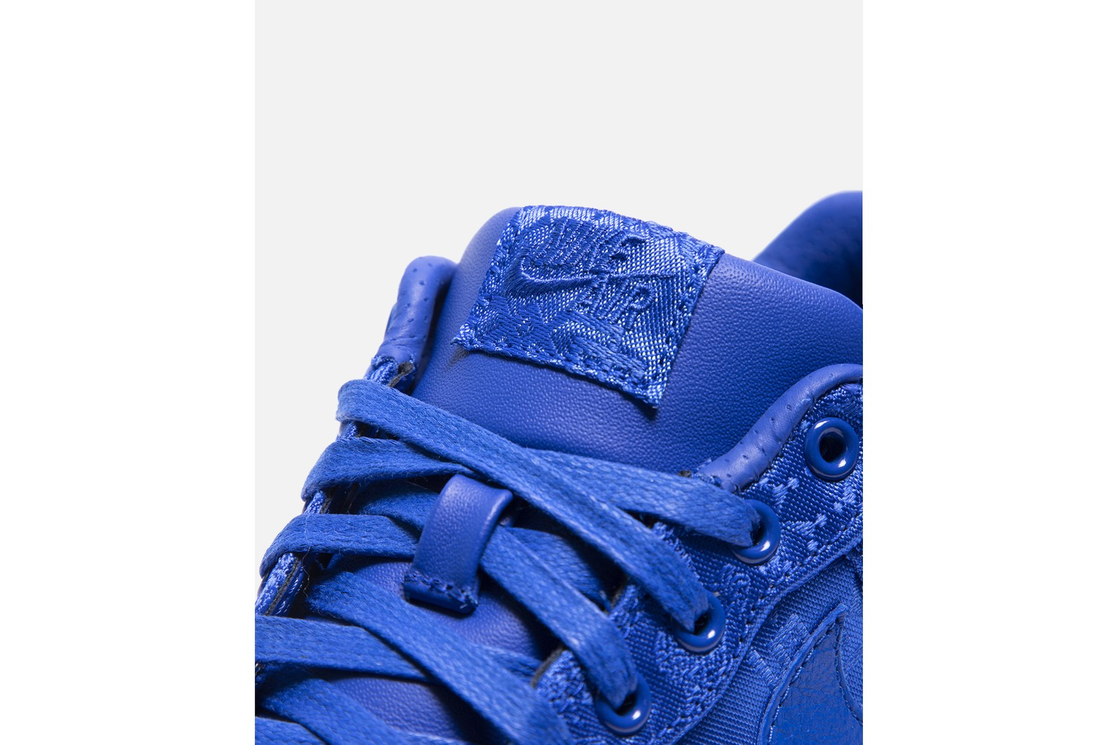破冰而出!CLOT x NIKE「Royal University Blue Silk」Air Force 1 發售情報公開