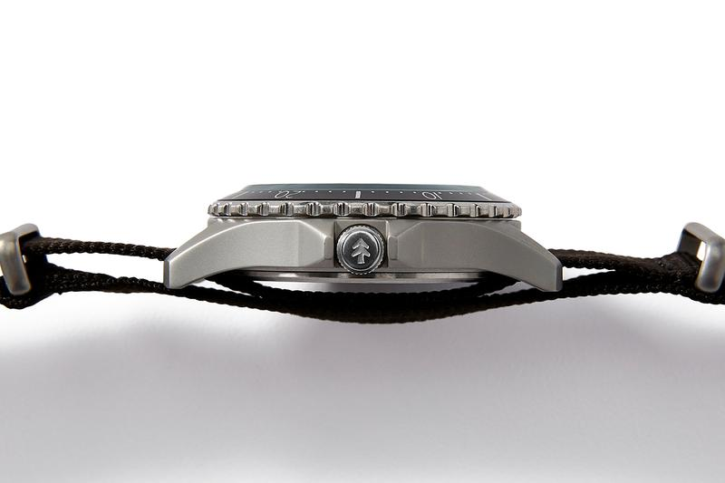Huckberry X Timex 攜手打造極簡主義潛水錶款