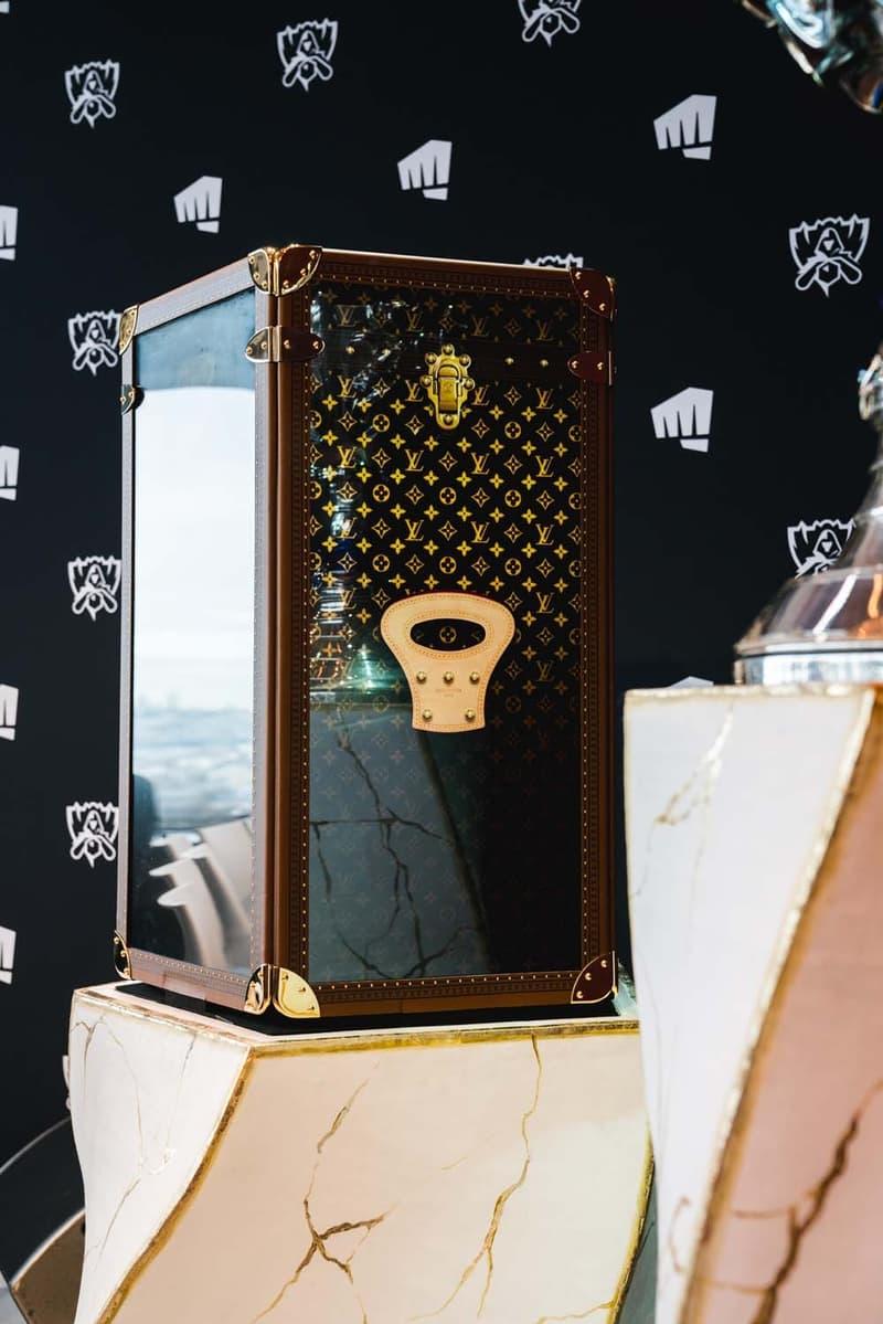 獨家近賞 Louis Vuitton 定製《League of Legends》世界大賽獎盃提箱