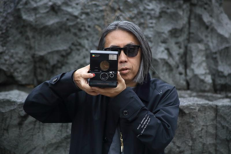 攝影也要潮 − fragment design x Polaroid 推出限量聯乘 SLR680 拍立得相機