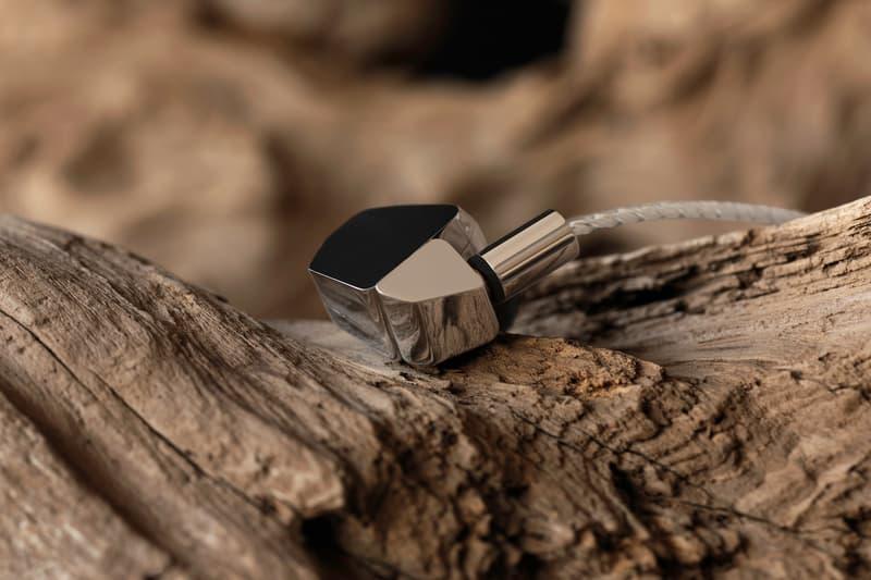 極致還原度 - final 推出全球首對純鈹單元耳機 A8000