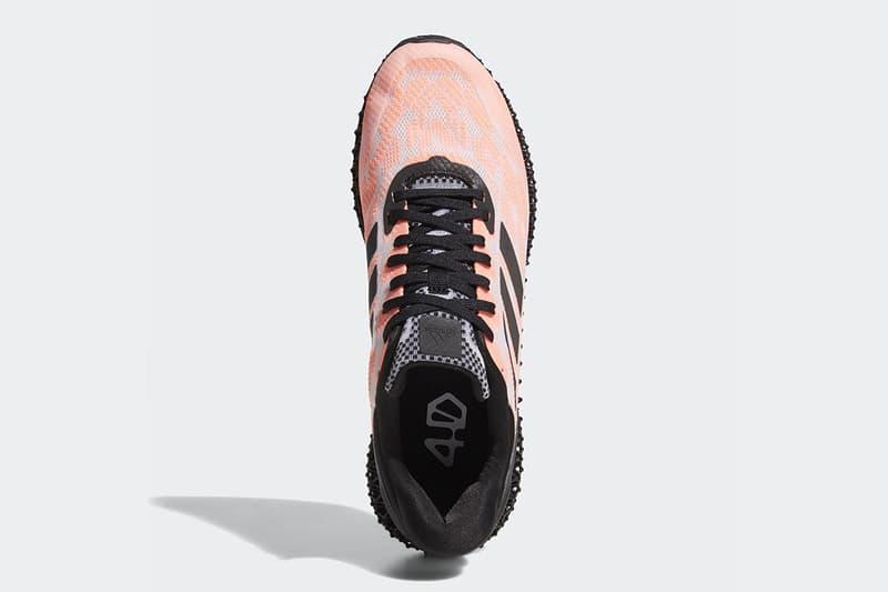 adidas 4D Run 迎來全新配色及黑色中底款式