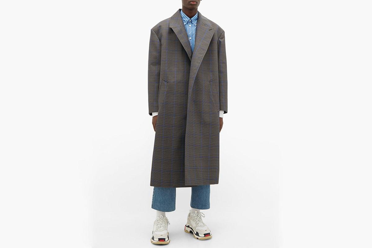 本日嚴選 9 款長版大衣單品入手推介