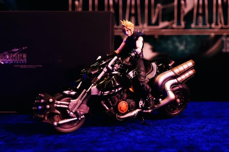 近賞 PlayStation®4《Final Fantasy VII Remake》Play Arts KAI 可動玩偶