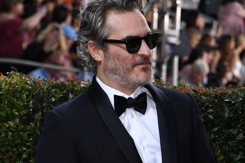 響應環保!Joaquin Phoenix 表示未來將身穿同一套西裝出席各大盛會