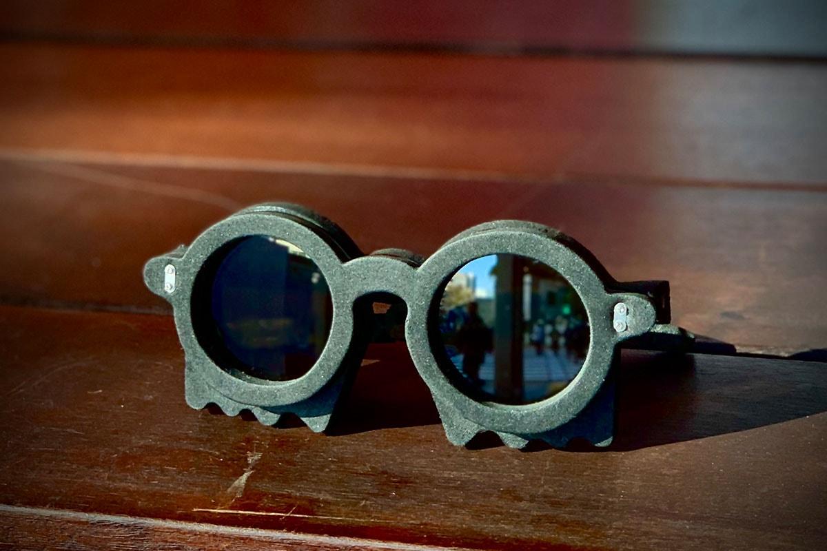 全人手製造-香港概念眼鏡品牌 22°16-38N