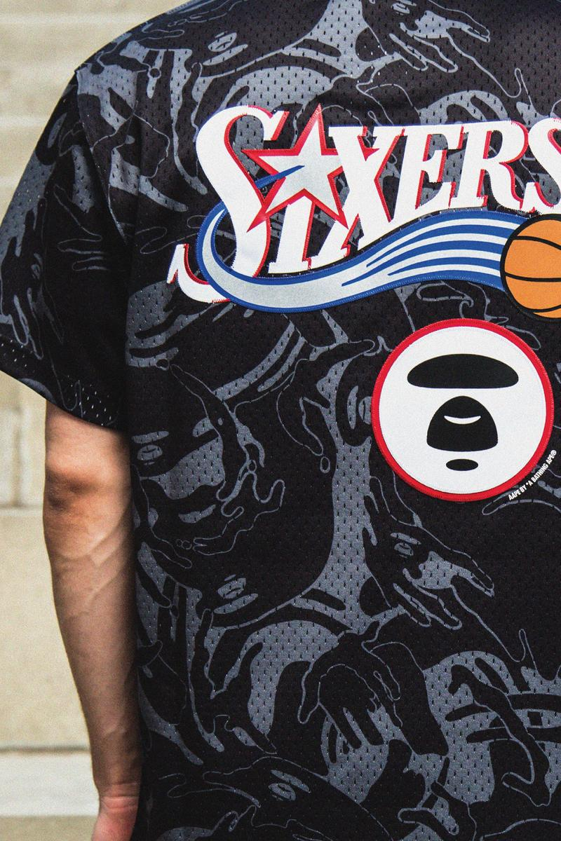 AAPE BY *A BATHING APE® 聯手 Mitchell & Ness 推出全新系列