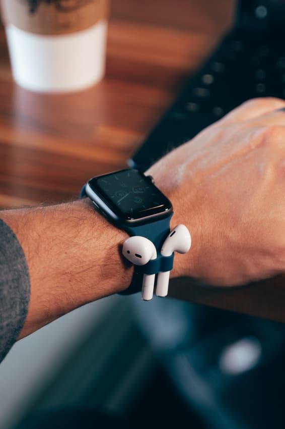 AirPods 救星-全新 Apple Watch 配件 AirBands 登陸 Kickstarter
