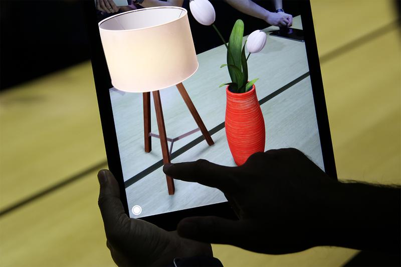 現實虛擬整合 - Apple 正式推出全新「AR 擴增實境」購物功能